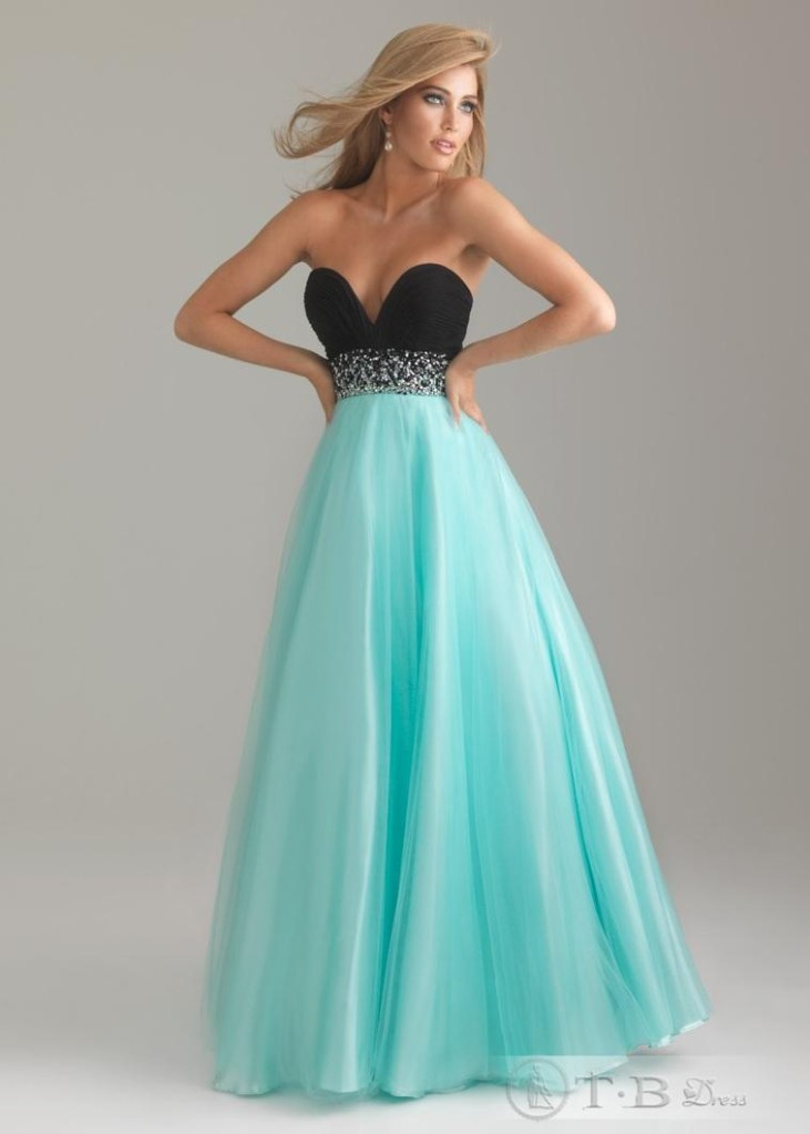 weekly-deal-prom-dress-2012-027-1
